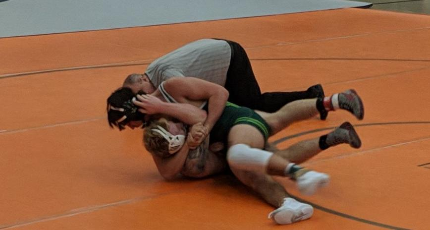 Wrestling To Compete at Central Region Championships This Weekend