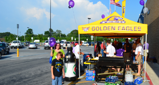 Fans provide strong turnout at the Purple Pride Caravan in Smithville