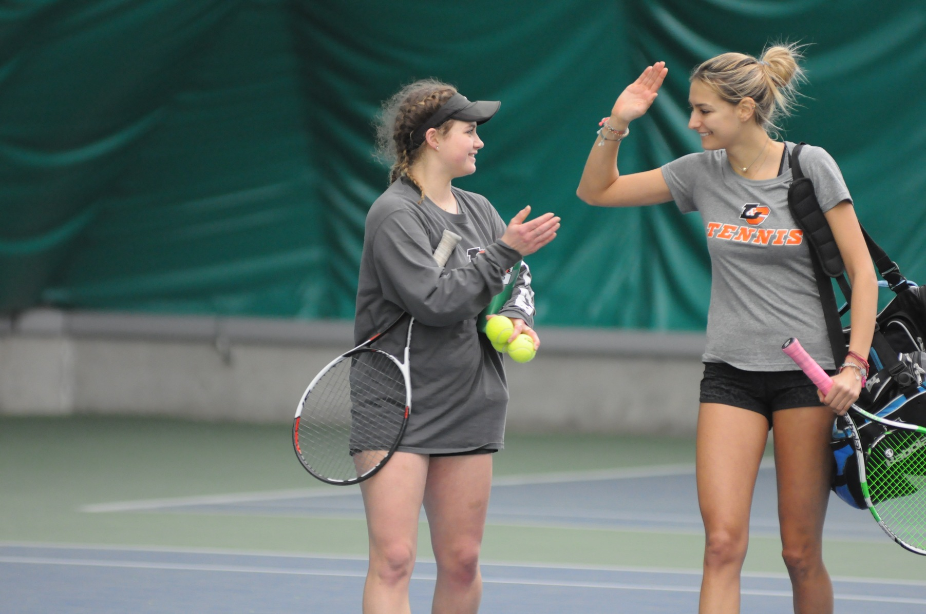 Lewis & Clark defeats Pacific for second-straight NWC sweep