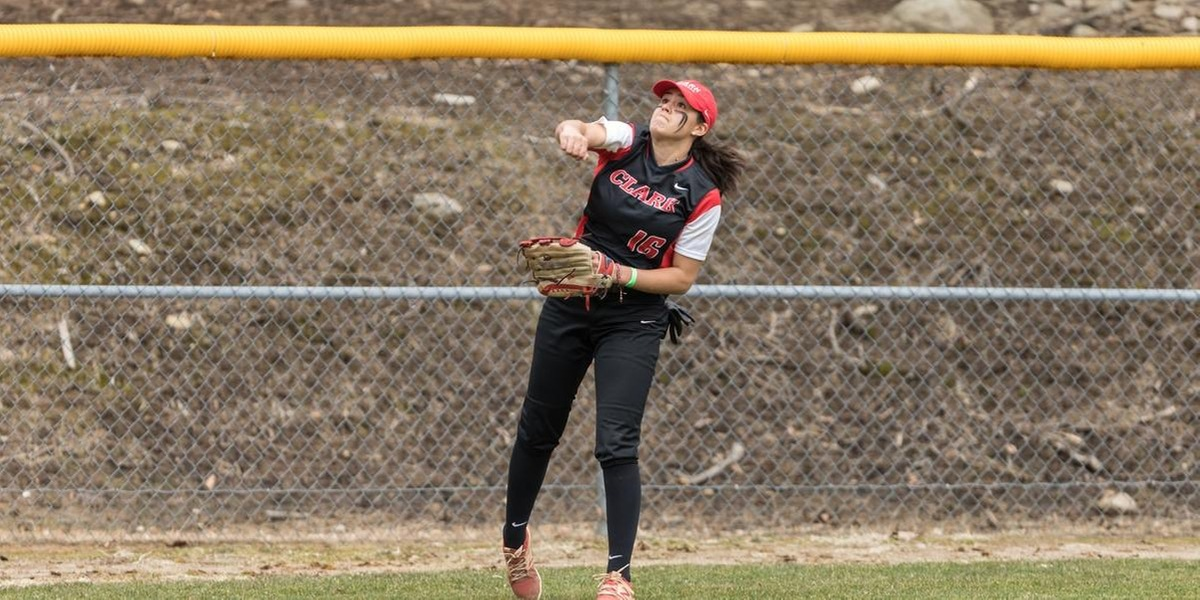 Softball Drops Two in Second Day of Gene Cusic Collegiate Classic