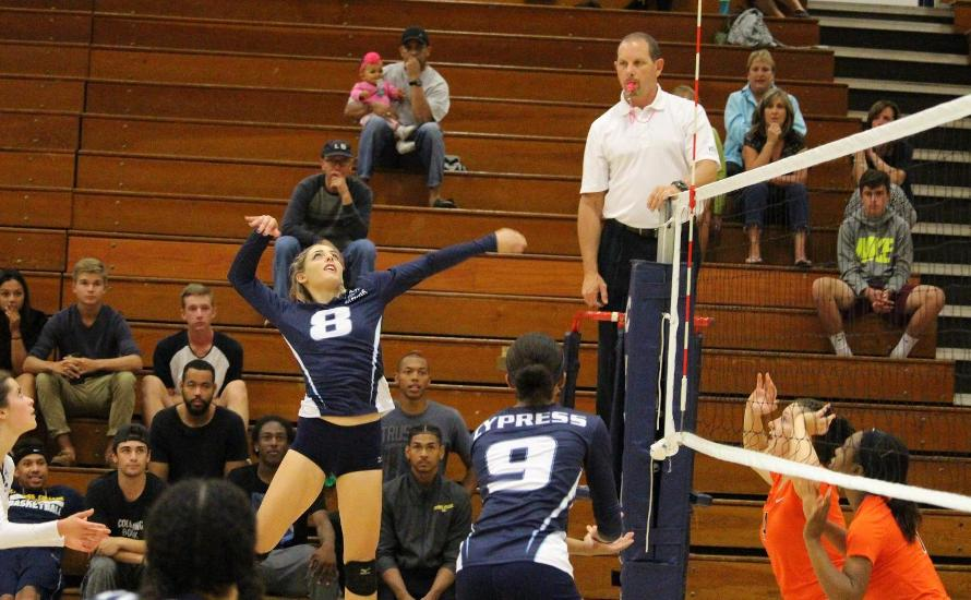 No.8 Chargers Sweep No. 25 Riverside in Key OEC Matchup