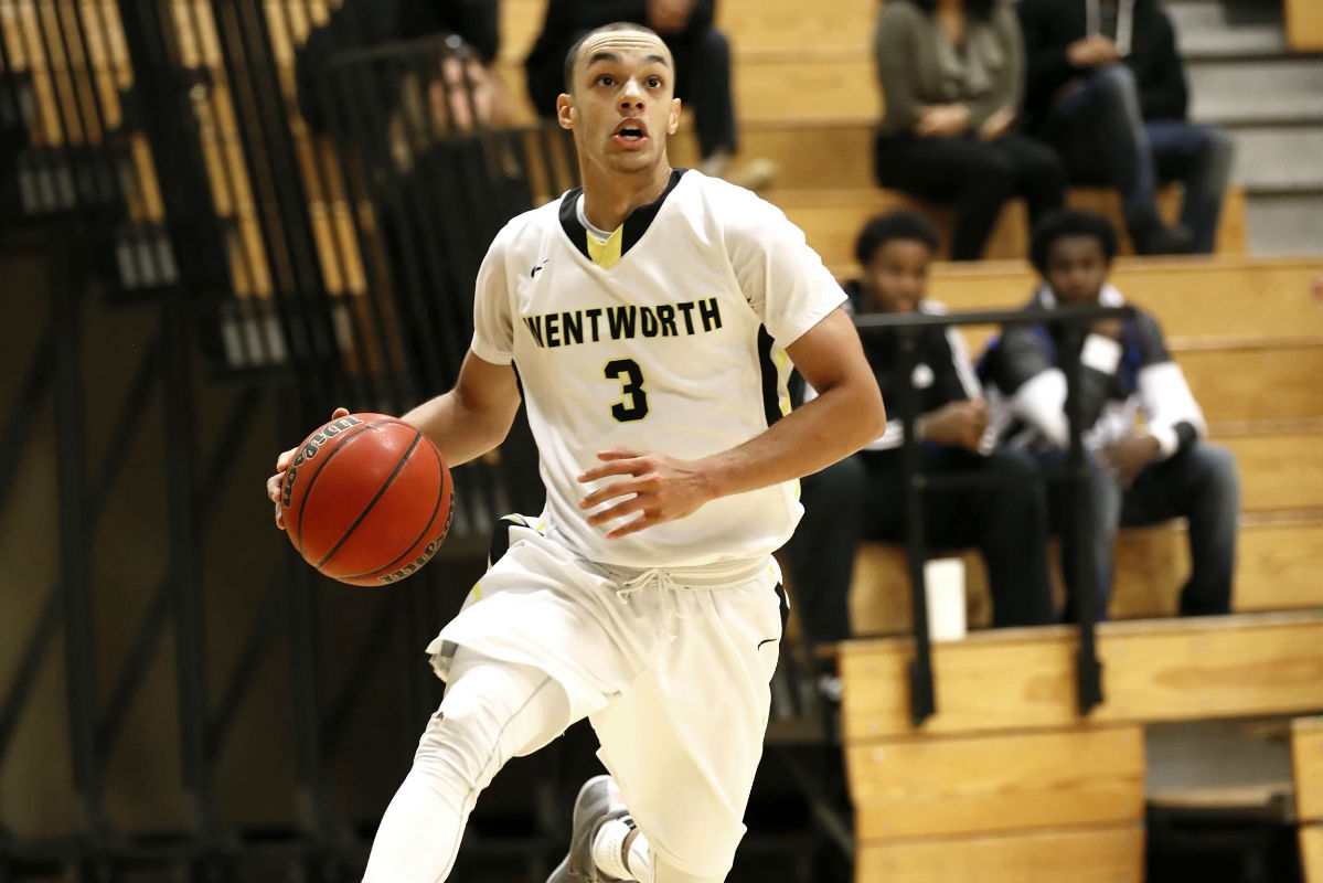 Men's Basketball Fends Off Emmanuel for Fourth Straight Win