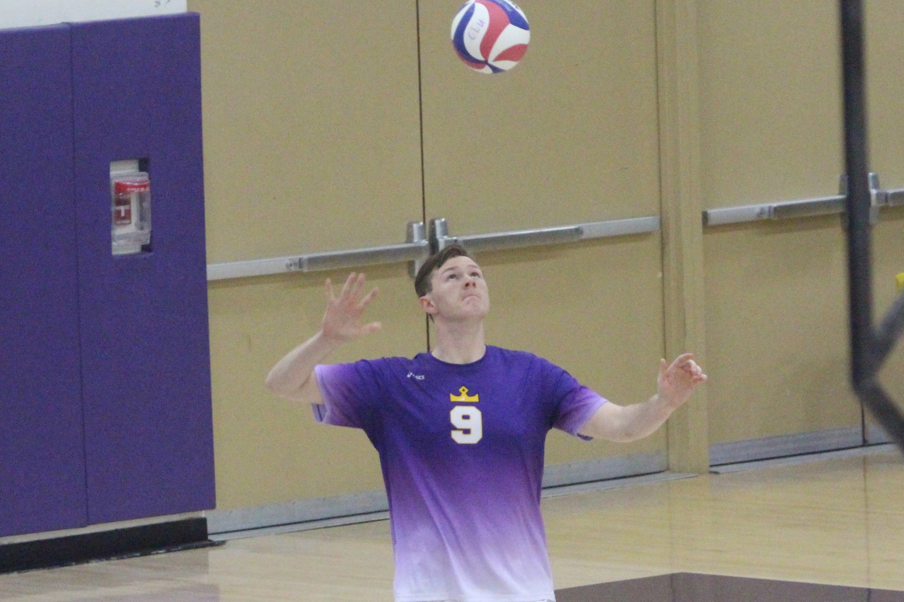 Kingsmen Battle Eagles to the End of Every Set
