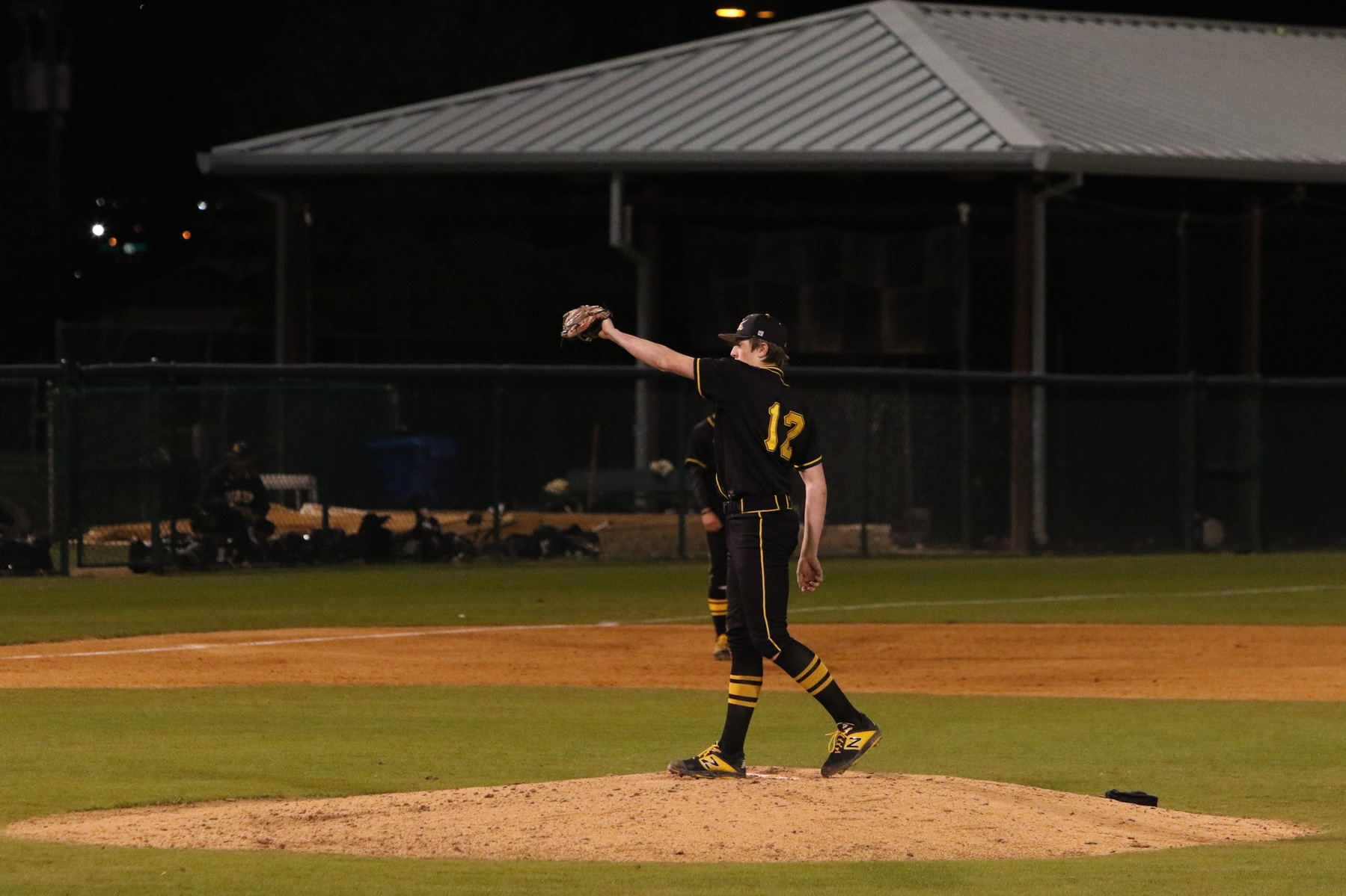Pirates Overpower Austin College in Game 1 of Doubleheader