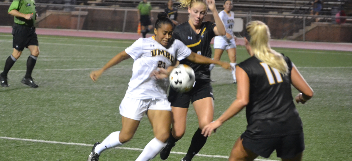 Women's Soccer Falls on the Road to Binghamton, 3-0