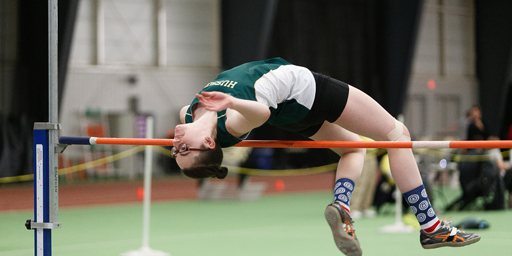 Women's Indoor Track Performs Well at USM