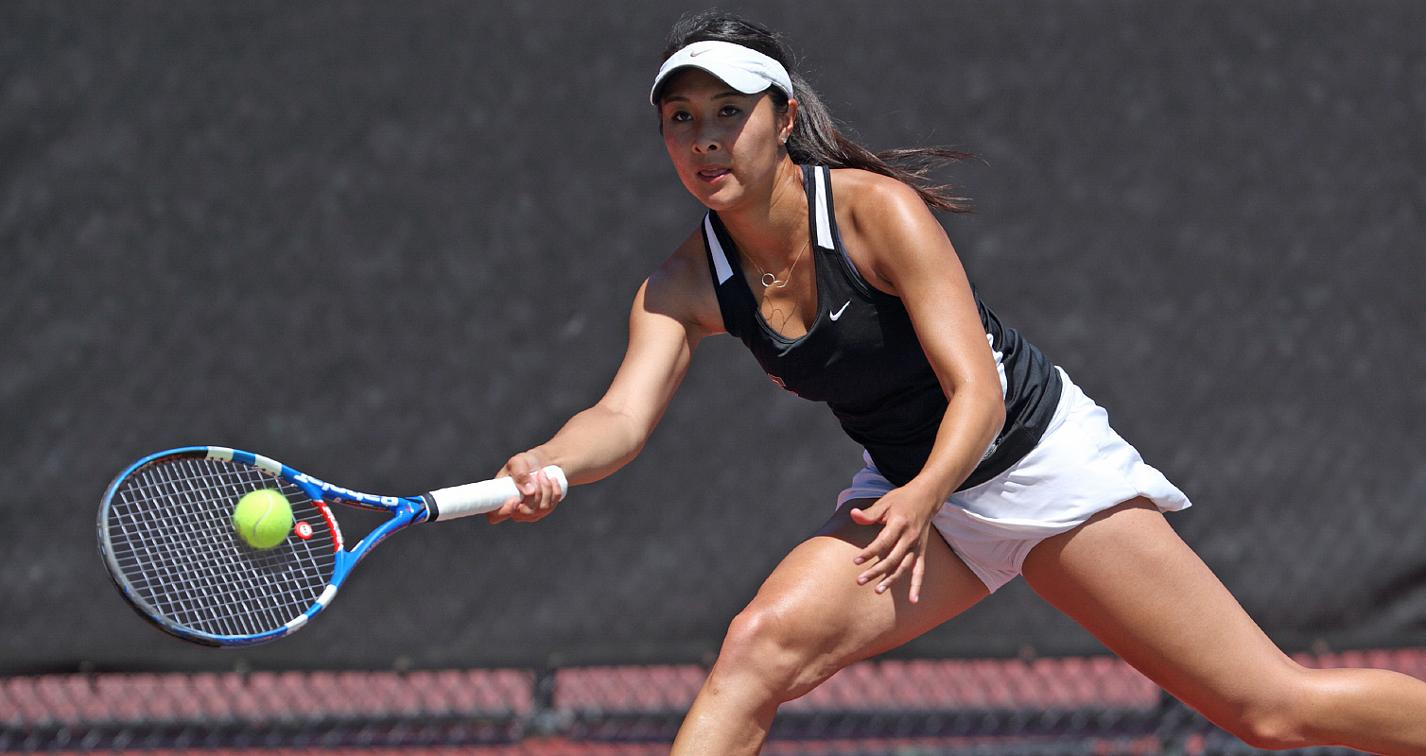 Women's Tennis Edged by No. 46 Saint Mary's, 5-2; Faces Pacific Sat., Apr. 19