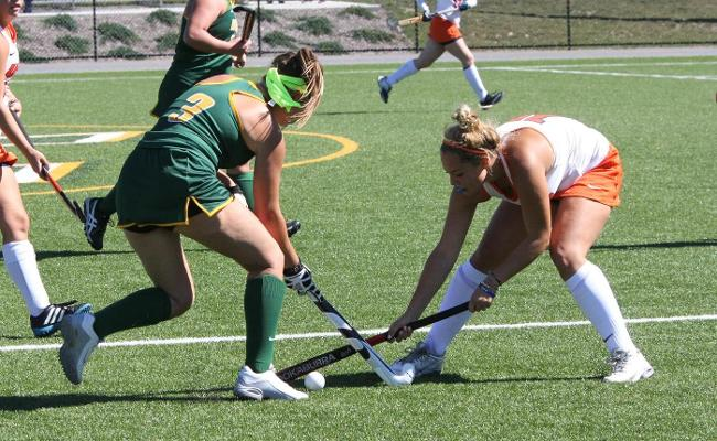 Wolves Fall to Pioneers 6-0 in Field Hockey