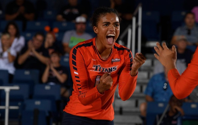 FEATURE: Taking the Long Way Pays Off for Fullerton Volleyball's Felicia Marshall