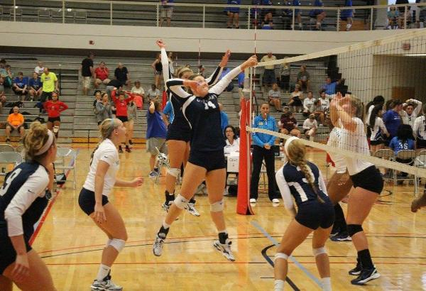 CFCC Volleyball Still Fighting For a Win in Florida