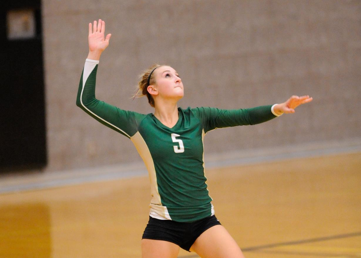 Women's Volleyball Swept by Daniel Webster College, 3-0