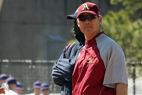 Iwasaki resigns as Austin College head baseball coach