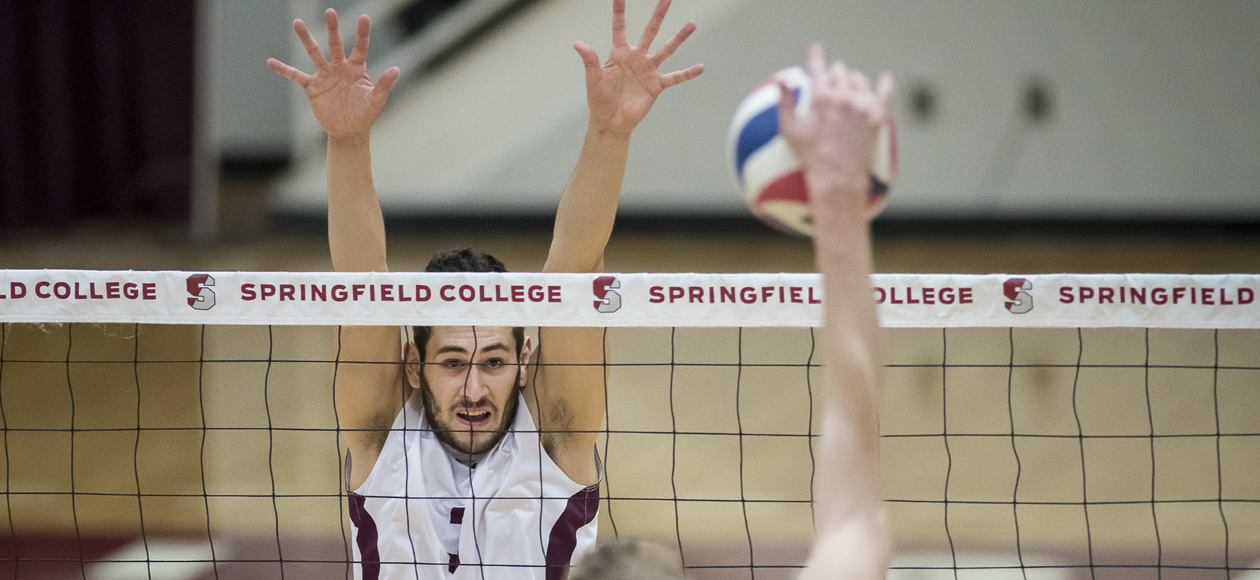 No. 1 Men's Volleyball Holds Off No. 11 Vassar For Straight-Set Victory