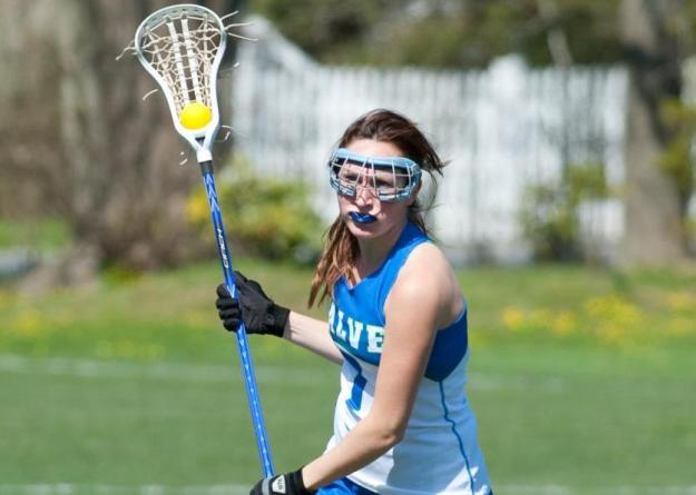 Senior Kelly Burke scored three times and handed out two assists in Seahawks 16-6 victory.