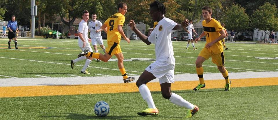 Men's Soccer Ends Season with Loss to Anderson