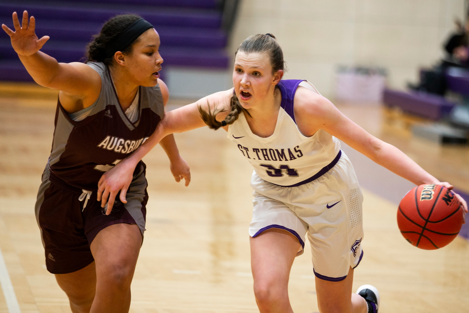 Another late rally, another close loss for Women's Hoops