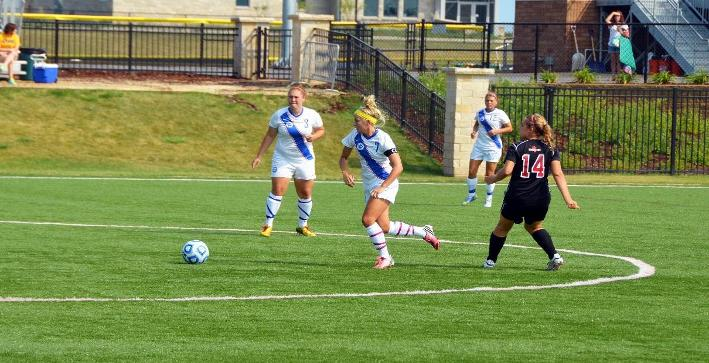 Women's Soccer falls in non-conference match with St. Norbert