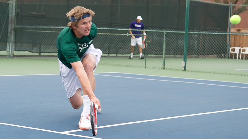 MEN'S TENNIS FALLS AT NATIONALLY RANKED SANTA CLARA, 5-2