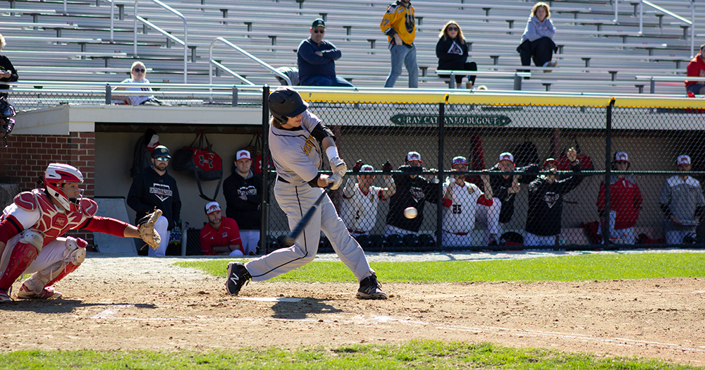 Fast Start Helps Baseball Cruise Past Eastern Nazarene