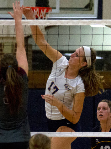 Emory & Henry Volleyball Outlasts West Virginia Tech, 3-2, In Five-Set Thriller Wednesday