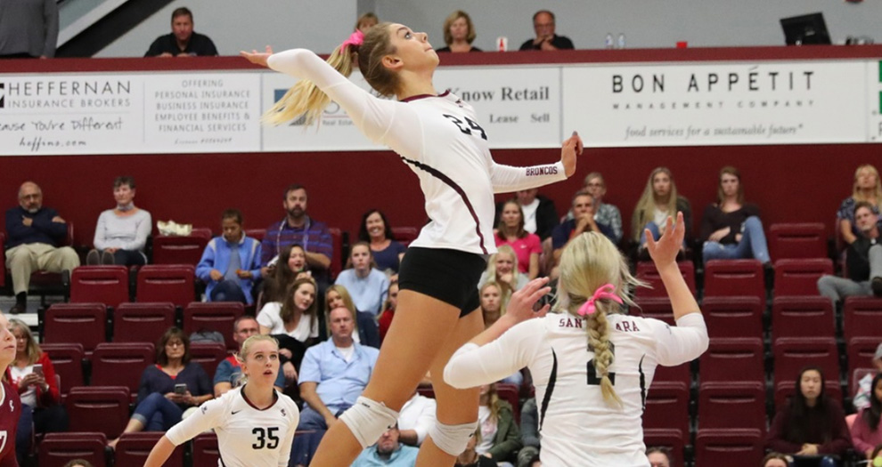 Hailey Lindberg (24) helped the Broncos to a .250 hitting percentage against a Portland team that entered the match limiting its opposition to .192 hitting on the year.