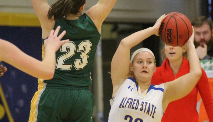 Fast Start Helps Pioneers Hop Past Roos