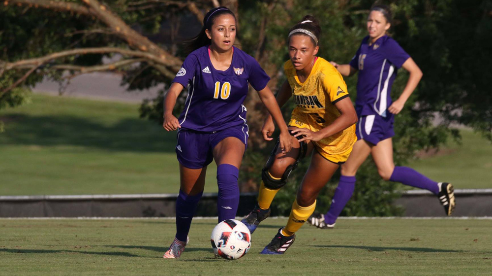 Golden Eagles fight tooth and nail in 1-0 overtime loss at Vanderbilt