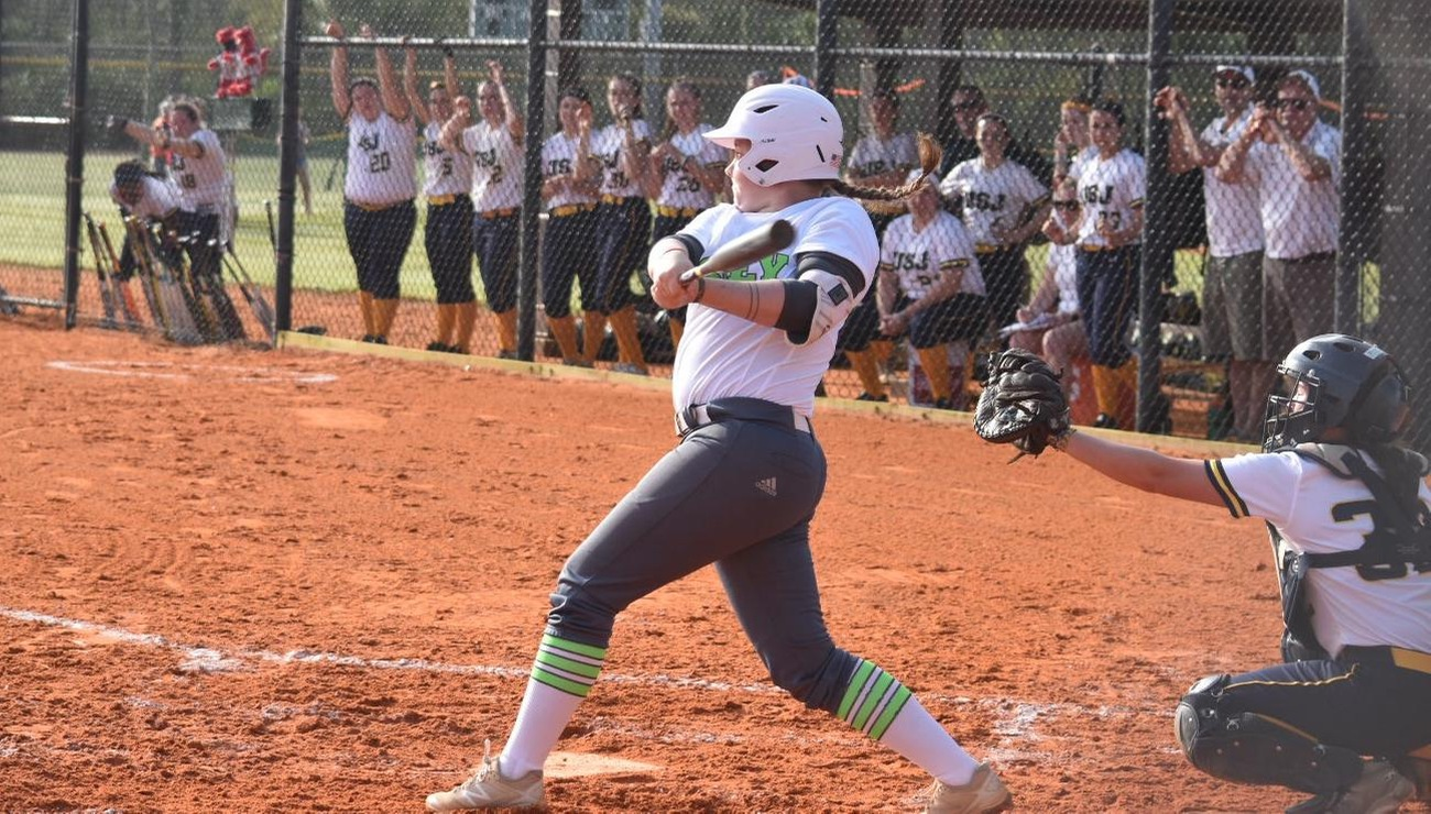Lynx Defeat Mariners, 5-0 and 7-5, During NECC Doubleheader