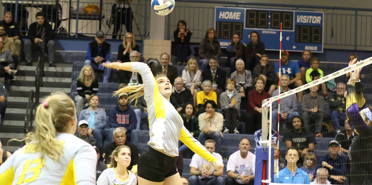 Southwestern falls in heart-breaking four-set match to CMS