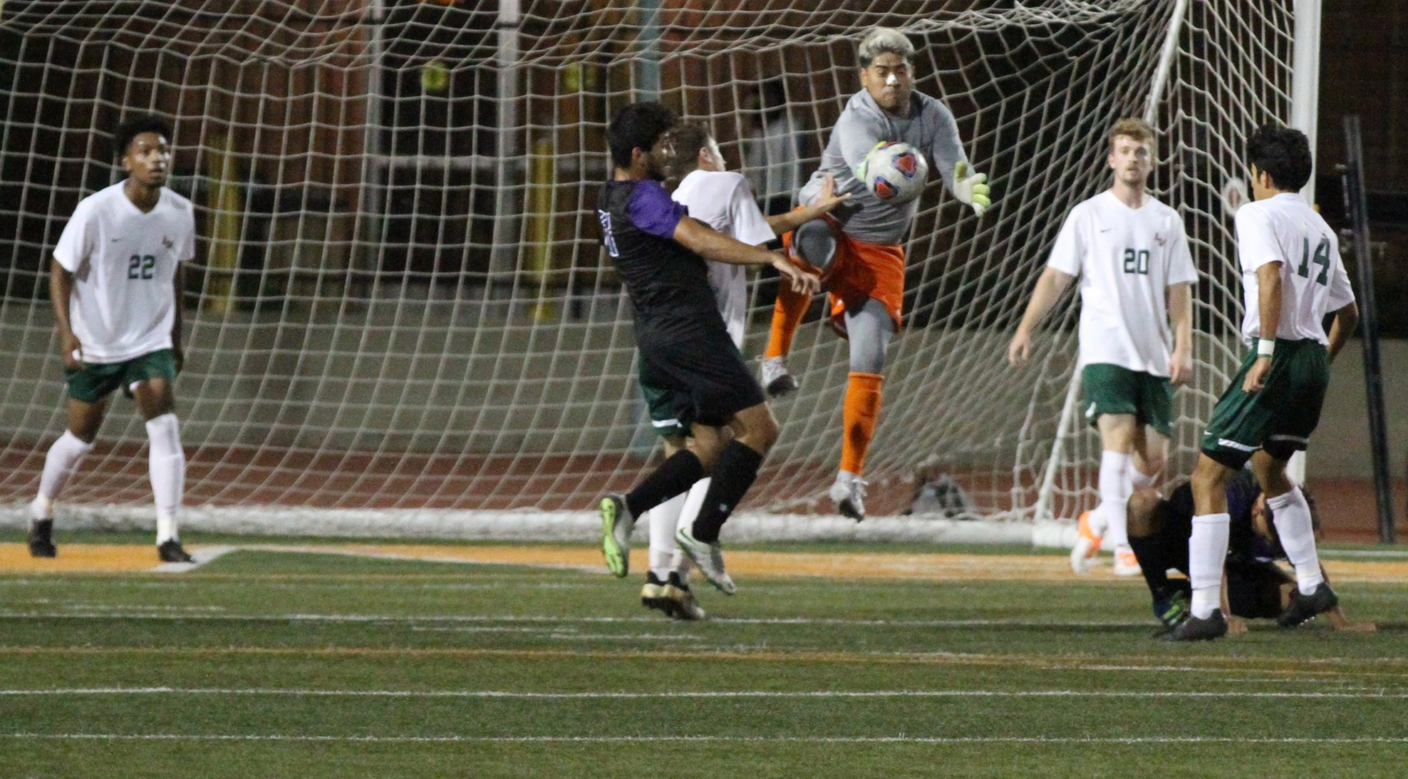 Hernandez's goal gives Leopards win in 2OT