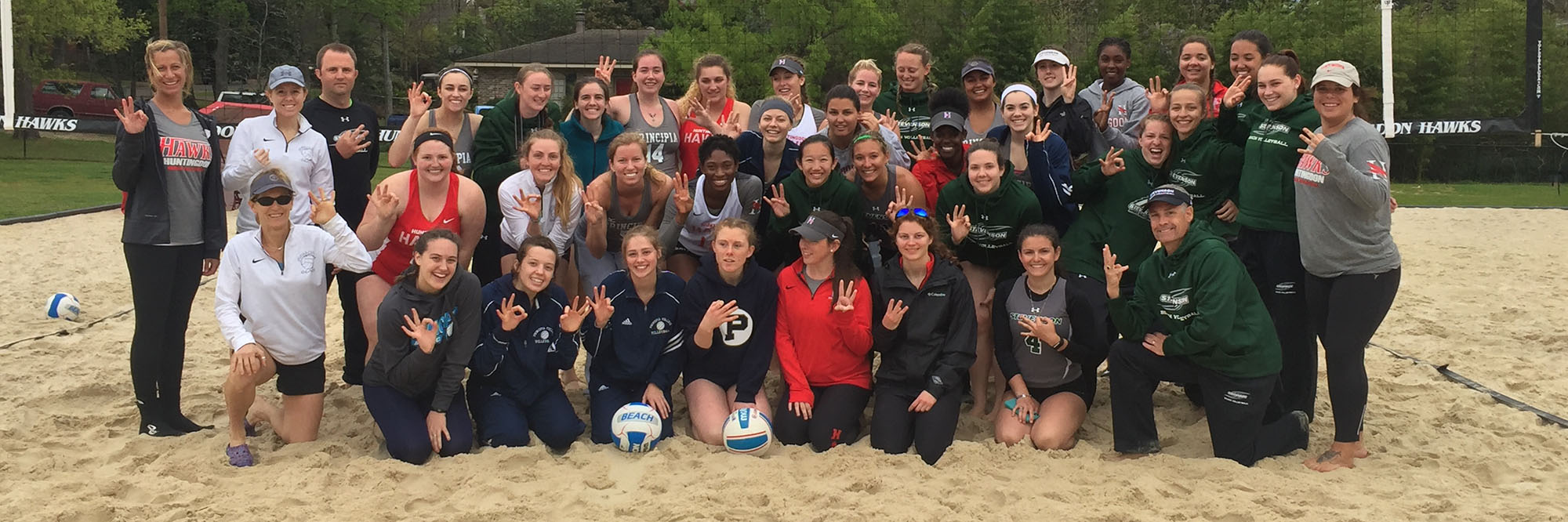 Beach Volleyball Goes 3-0 Against Division III Foes This Weekend