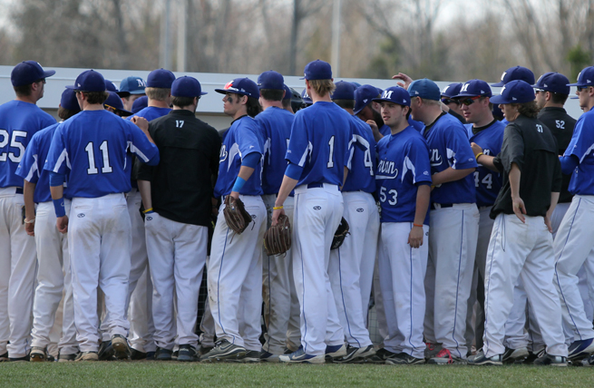 Baseball Wraps Up Campaign with 5-3 Setback to Ripon