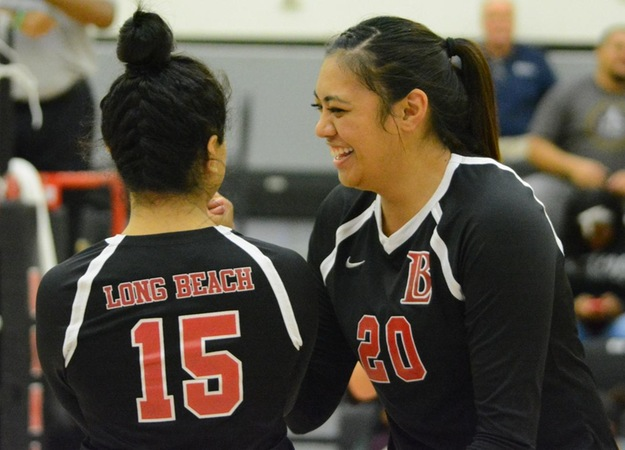 No. 12 Women's Volleyball Sweeps Cerritos 3-0 in Conference Game