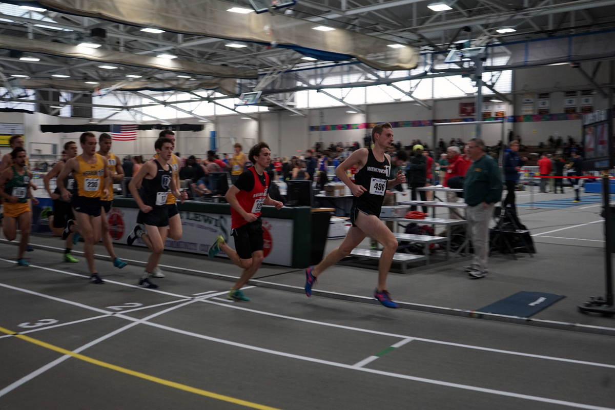 Indoor Track Competes at Southern Maine