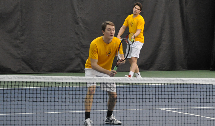 Men's Tennis Opens Weekend League Trip With Victory At LSSU