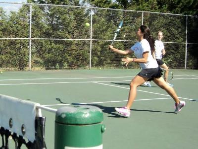Cardinal Tennis Continues Down the Unbeaten Path