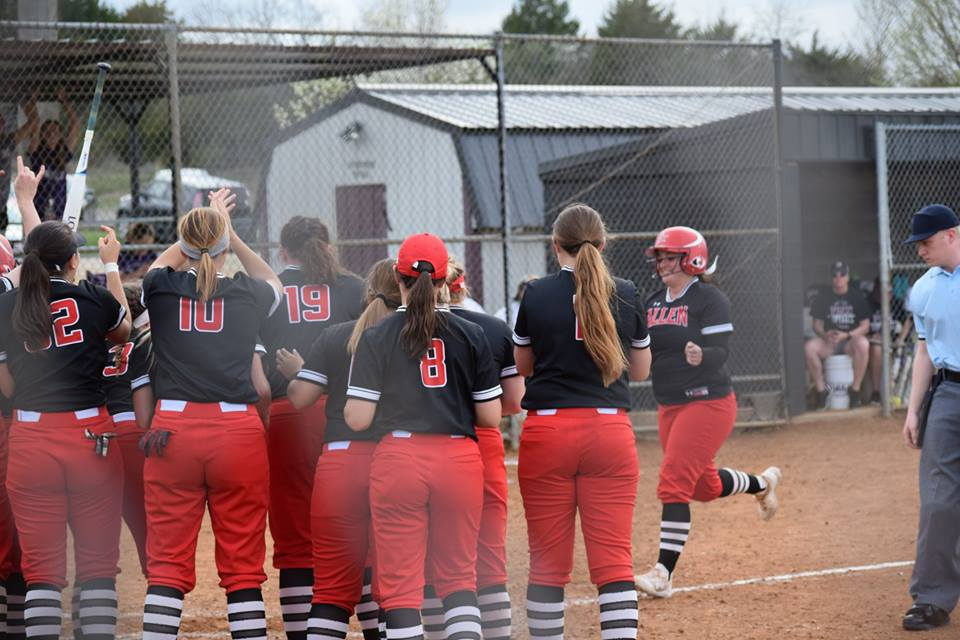 Red Devils Earn Conference Sweep on the Road