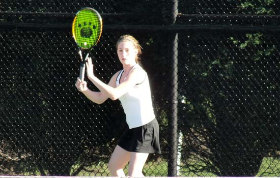 Women's Tennis Falls at Gordon, 8-1