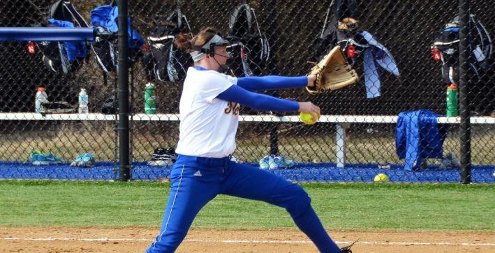 Softball hands Lakeland first conference losses in Saturday sweep