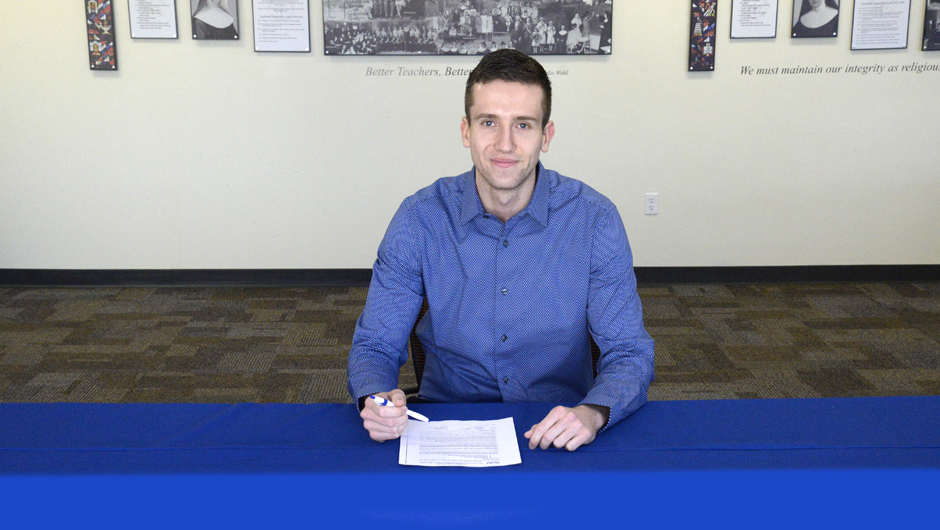 Photo for Jovicic to play professionally in Ireland next season