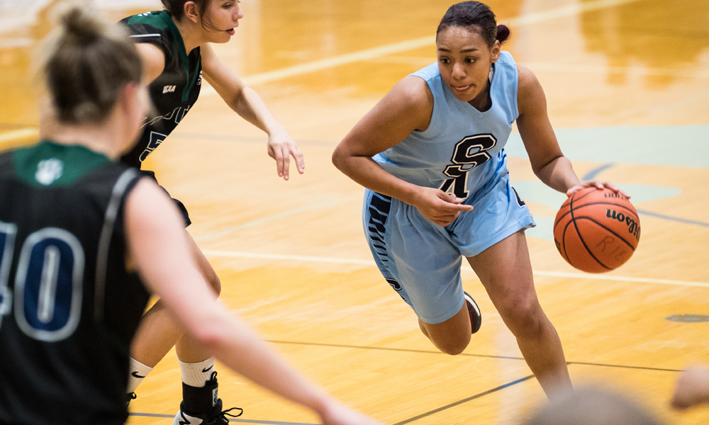 Women's basketball opens season with three victories at Loyalist Tournament