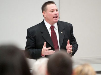 Ferris State University graduate, former Bulldog football player and assistant coach Butch Jones returned to FSU to speak to College of Business students on Tuesday. Jones is currently the head football coach at the University of Cincinnati. (Photo/Ed Hyde, FSU Photographic Services)