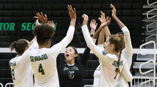 No. 3 Lady Saints volleyball capture fourth straight Jayhawk West title