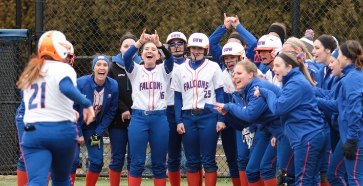 Sobrilsky, Reiser power Softball to home-opening sweep