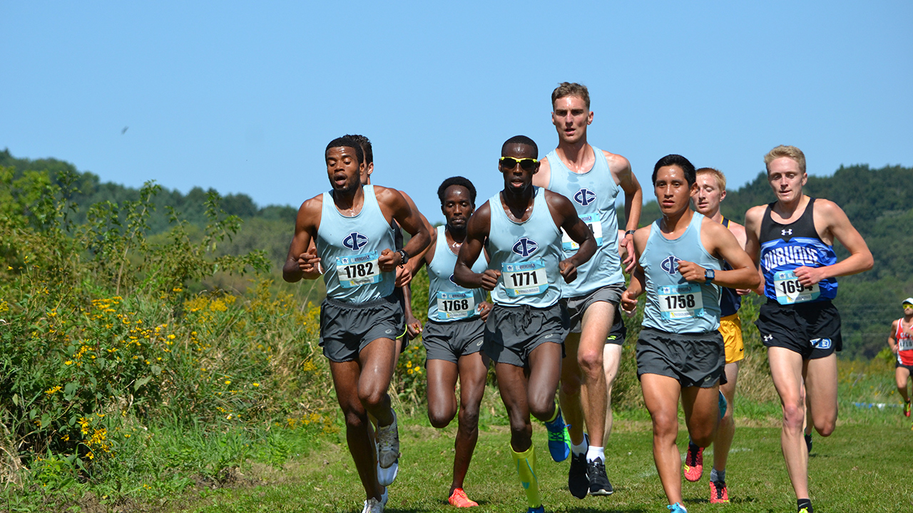 Tritons win both races at Luther College All-American Invite