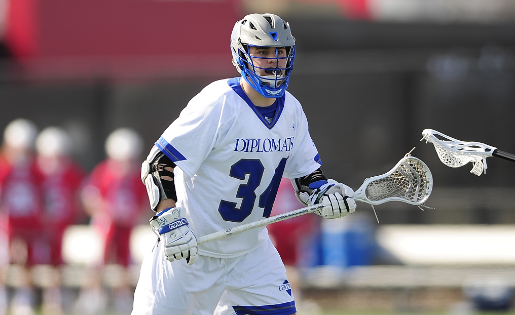 Diplomats Edge W&L in Shootout