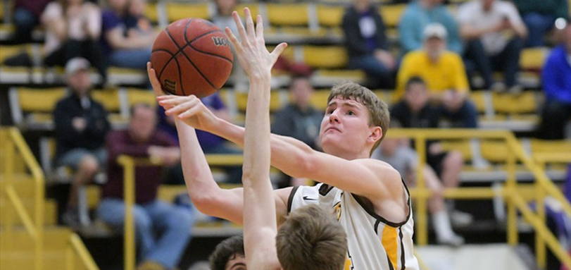 Junior Tyler Colombo had a team leading 12 points in BW's first win of the season