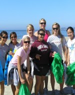 Women's Golf Participates in Coastal Cleanup Day
