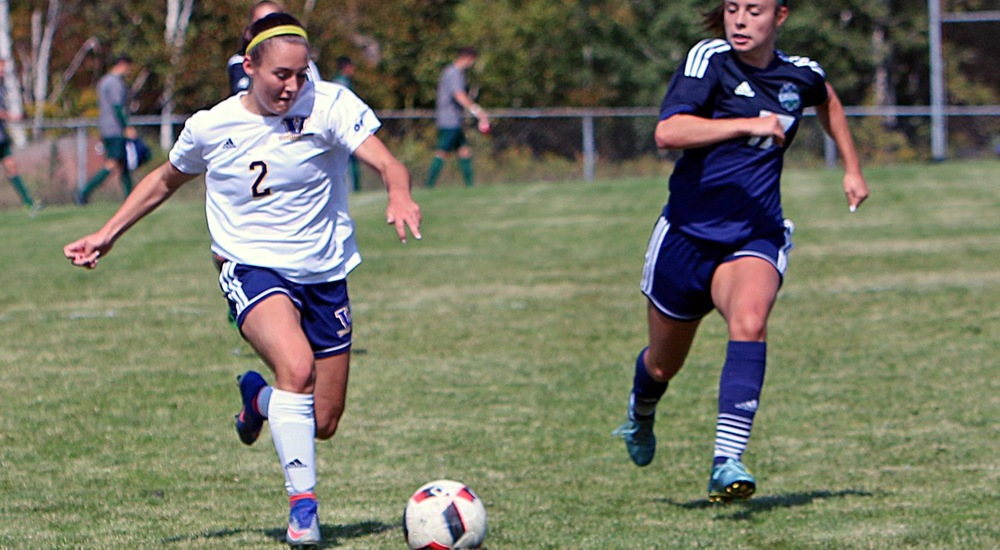 WSOC | Gee-Gees Tally Five to Upend Voyageurs in First Loss of Season