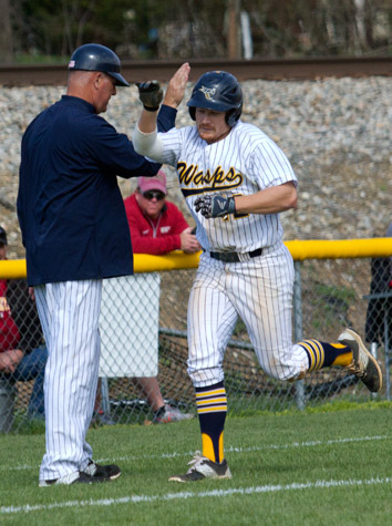 Bridgewater Baseball Sweeps Emory & Henry Friday In ODAC Action